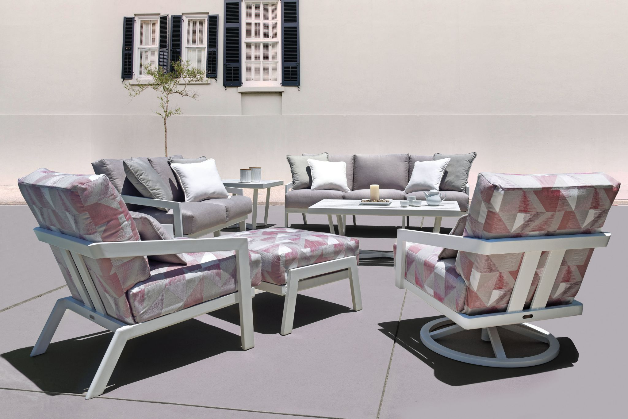 Mallin Outdoor Furniture Patio