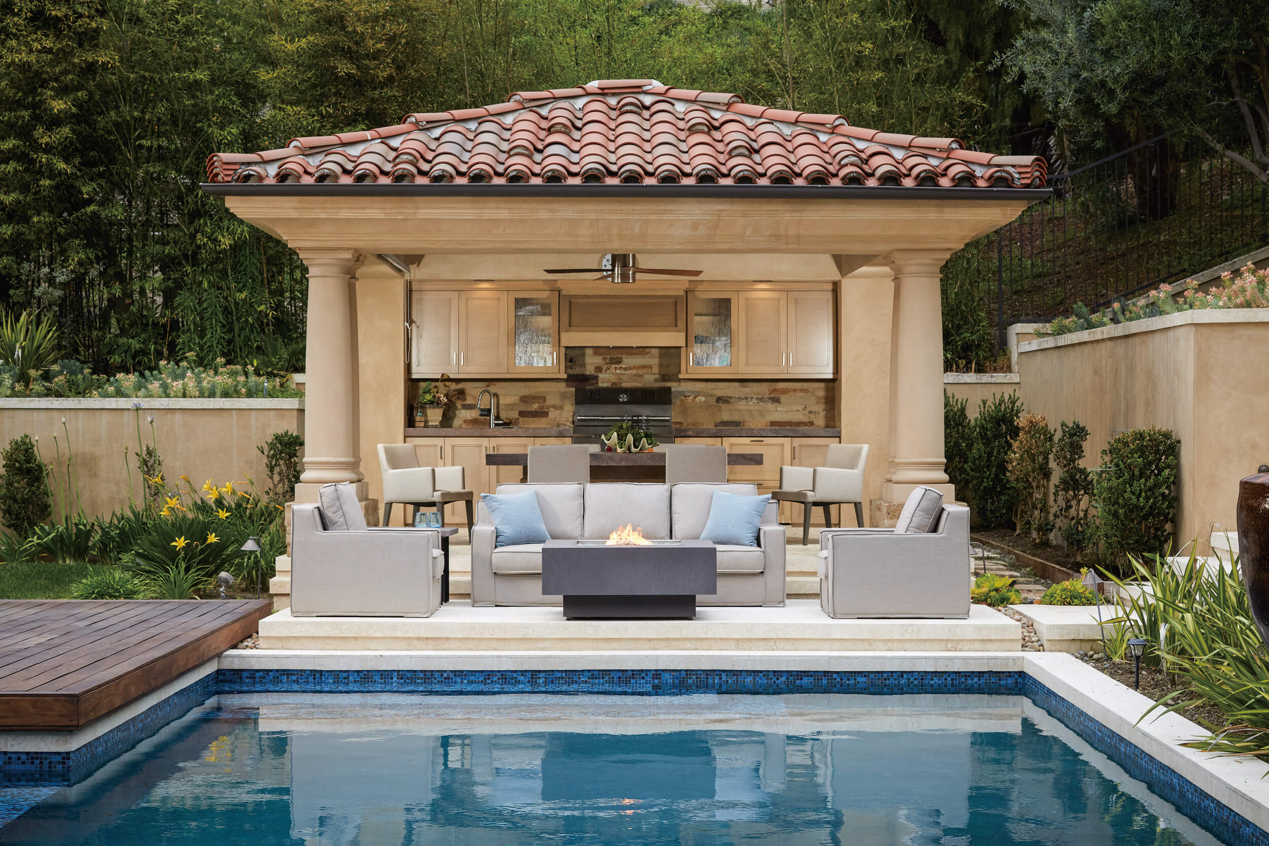 Outdoor Patio Furniture in Scottsdale