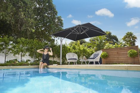 10' Sq Eclipse Cantilever Umbrella