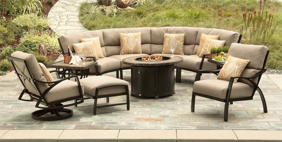 Outdoor Chairs and Sofa with Fire Pit
